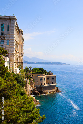 Amazing View of the harbor in Monaco With the historical museum and the sea Fototapete