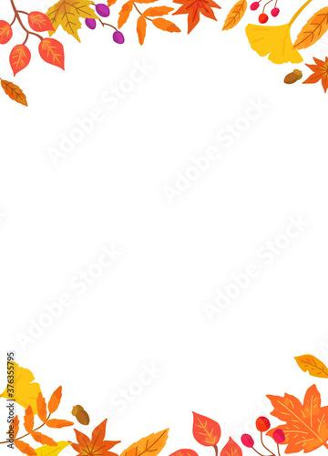 Photo 秋の紅葉した葉っぱのフレーム
