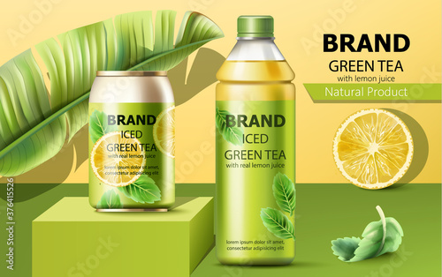 Fotografia Realistic can on a podium and a bottle of natural ice green tea with real lemon juice surrounded by a palm and mint leaves