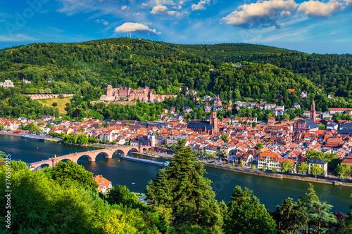 Fototapeta Landmark and beautiful Heidelberg town with Neckar river, Germany. Heidelberg town with the famous Karl Theodor old bridge and Heidelberg castle, Heidelberg, Germany. obraz na płótnie