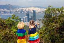 Family Hiking In Hong Kong Mou...