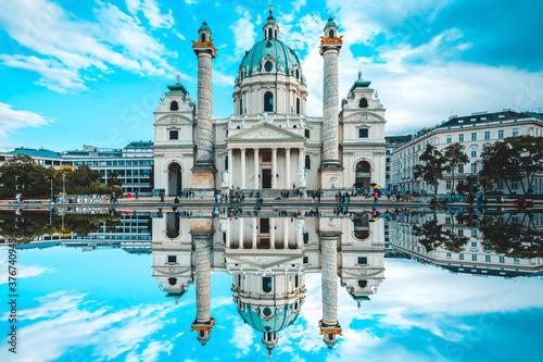 Fotografie, Obraz Karlskirche, Wien, Vienna, Spiegelung, Spiegel, reflection