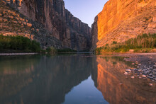 View Of Rio Grande River And S...