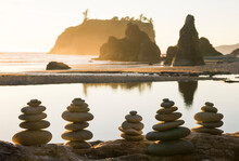 Stacks Of Rock Cairns On Ruby ...