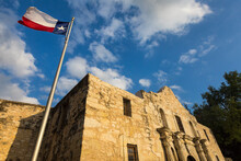 Low Angle View Of The Alamo Against Cloudy Sky