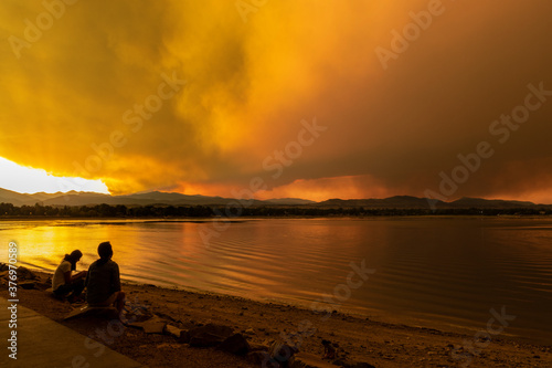 Photo Wildfire Smoke Over Lake at Sunset