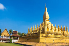 Phra That Luang Landmark And T...
