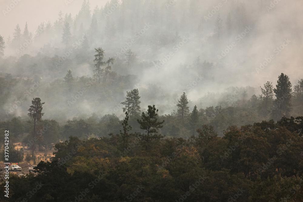 Fototapeta Wild fires near highway 62 in Eagle Point Oregon, September 9 2020