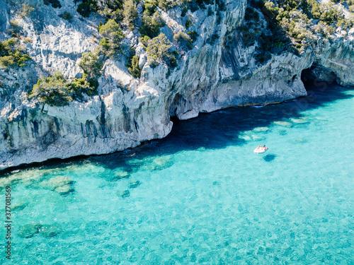 Obraz Cala Luna, coastline and caves with turquoise sea water, Orosei Gulf, Sardinia - fototapety do salonu