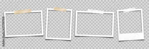 Foto Realistic empty photo card frame, film set