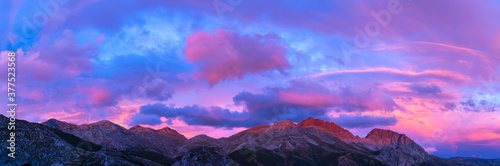 Massif of Las Ubiñas between Asturias and Leon Slika na platnu