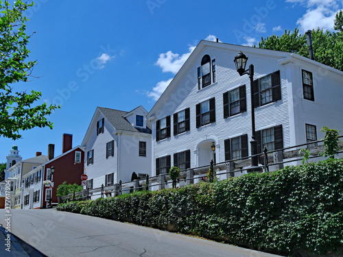 Fotografie, Obraz Street of old colonial houses in Plymouth, Massachusetts