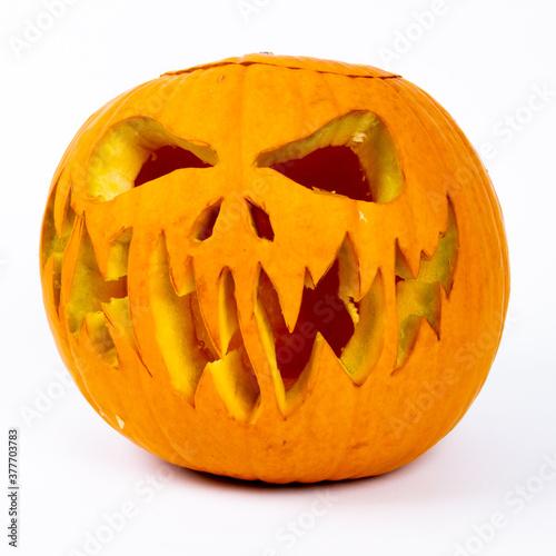 Photographie véritable citrouille sculptée pour Halloween
