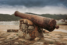 Old Cannon In The City Of Para...