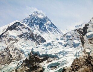 Fototapeta Góry Mount Everest, View of top with clouds from Kala Patthar