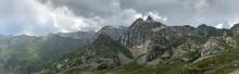 Vue Panoramique Sur  Les Alpes...