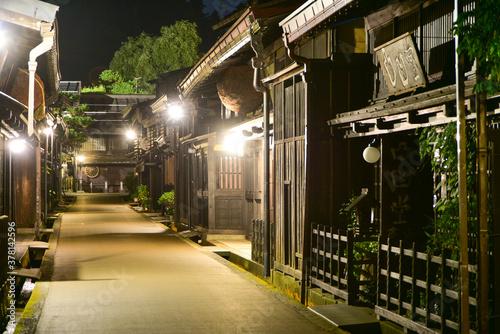 高山の有名な古い街並み Fototapet