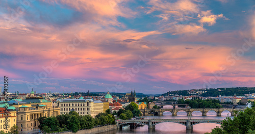 Foto Panorama of Prague, the capital of the Czech Republic in the light of the settin