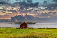 Sunset Om Hadselfjord Nordland...