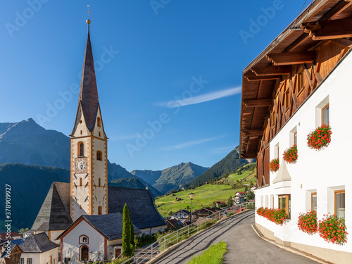 Photo The historic center and parish church of Nauders in the Austrian Tyrol, near the