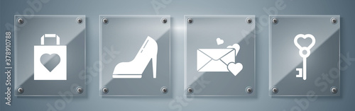Set Key in heart shape, Envelope with heart, Woman shoe with high heel and Shopping bag with heart Tableau sur Toile