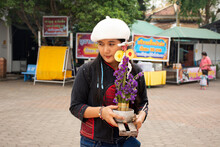 Travelers Thai Women Travel Vi...