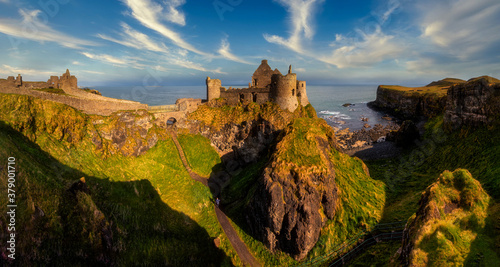 Stampa su Tela Dunluce Castle is a medieval castle in Bushmills Northern Ireland - big panorama