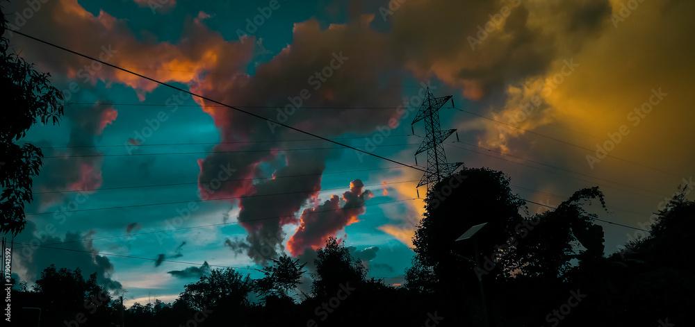 Fototapeta moody anime like sky. moody sky picture
