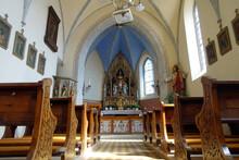 Kirche Zur Heiligen Dreifaltig...