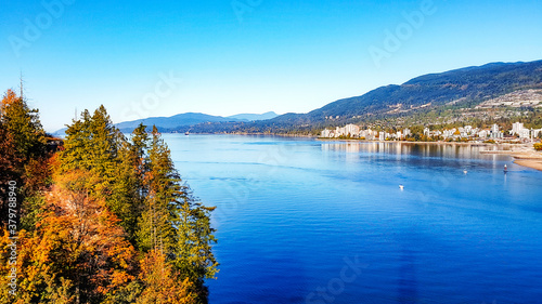 фотография Burrard Inlet and West Vancouver at mid right with mountains on horizon - viewed