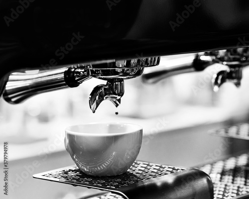 Fotografija espresso shot from coffee machine in coffee shop, Coffee maker in coffee shop