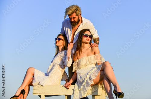 Fototapeta Trio lovers