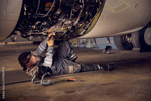 Stampa su Tela Repair and maintenance of aircraft engine on the wing of the aircraft