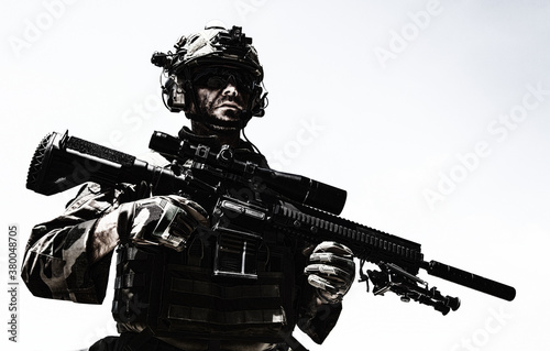 Foto Half-length portrait of special forces sniper or marksman, army soldier in camou