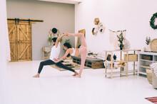 Flexible Friends Practicing Pa...