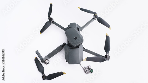 broken camera drone after crash isolated on white background Fototapet