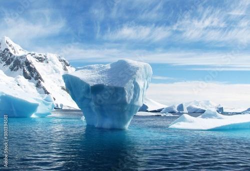 Foto iceberg in polar regions