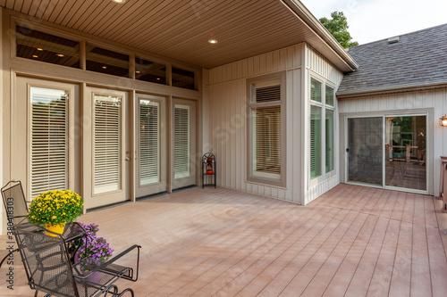 Slika na platnu Back patio with wooden deck