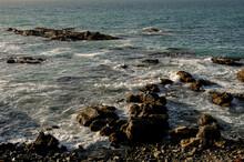 Rocky Pacific Shore Viña Del ...