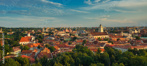 Vilnius is the capital of Lithuania, famous for its Baroque buildings Fototapete