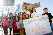 Kids Protesting For Climate Ch...