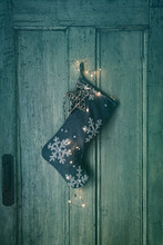 Holiday Stocking With Lights H...