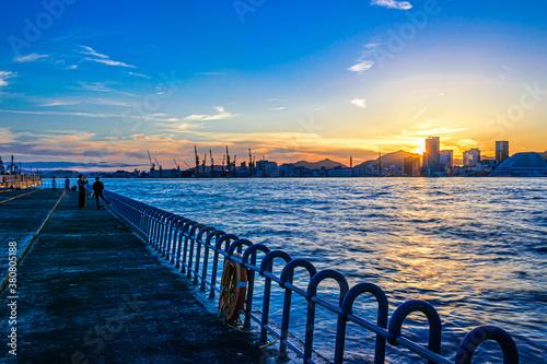 神戸大橋下から見る神戸港の夕焼け Canvas Print