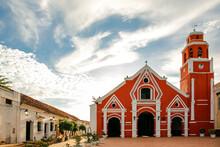 Iglesia De San Francisco (Chur...