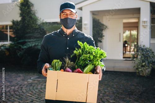 Express grocery delivery service during pandemic Canvas Print