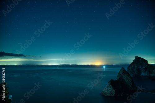 Tablou Canvas 山と夜景と海