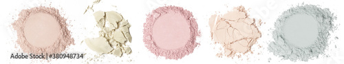 Fotografia Set of cosmetic or make up powder samples isolated on white.
