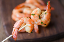 Salad Grilled Shrimp Skewers D...