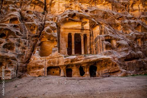 Photo Antico sito Nabateo conosciuto come Piccola Petra in Giordania