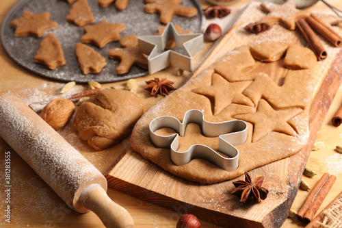 making of traditional christmas gingerbread cookie Canvas Print